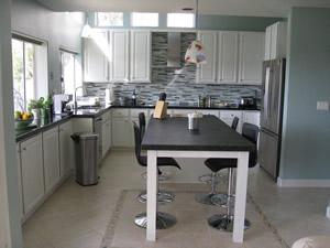 La Costa Kitchen After